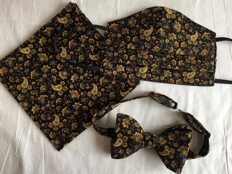 Mask Bow Tie and Pocket Square Set Black Paisley