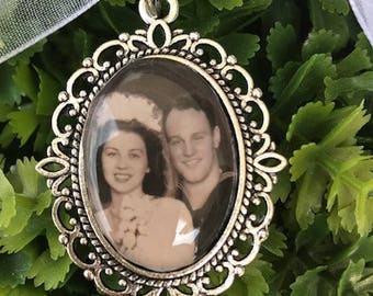 CUSTOM Made or DIY in memory of Wedding Bouquet charms Photo Pendants charms for family photos