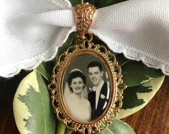 Wedding Bouquet charm with - Photo Pendants charms for family photo (includes everything you need including instructions)