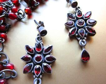 Dazzling Vintage Faceted Garnet Floral Post Earrings