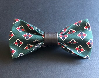 Adult - Crested Prep Pre-tied Bow Tie