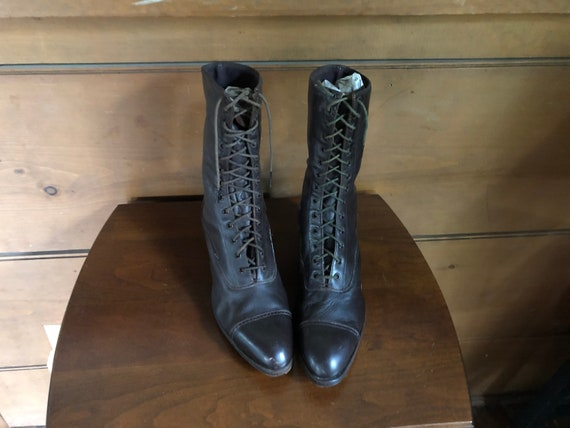 Victorian Boots Leather Woman's Laced Brown Boots
