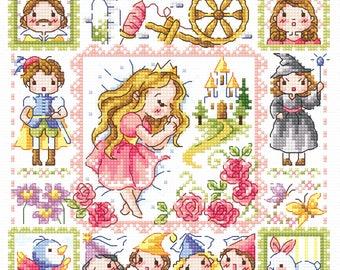Sleeping Beauty - SO-3223 - Cross Stitch Pattern Leaflet SODA Stitch - Modern Cross Stitch Chart - Kawaii XSitch - Fairy Tale Princess