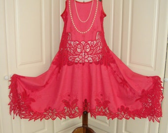 Fabulous Vintage Tulip Red Cotton Lace Gatsby 1920's Drop Waist Waterfall Wedding Dress