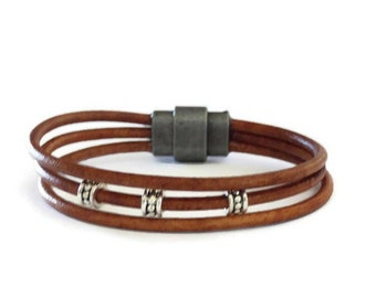 Mens leather bracelet, handmade jewelry for him, unique gift for brother's birthday party under 30 dollars, best male trends for 2019