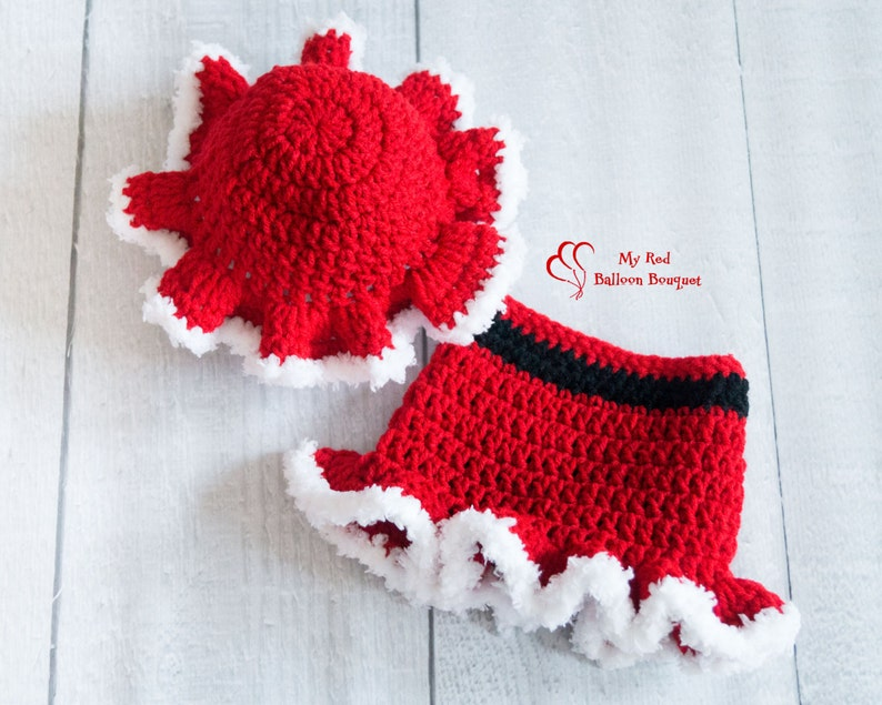 Mrs Claus Mop Cap and Skirt  Baby Girl Christmas Outfit  image 0