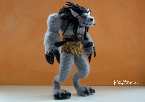 A cute wolf from a free pattern. jesshuff.com/walter-wolf-free ...   401x570