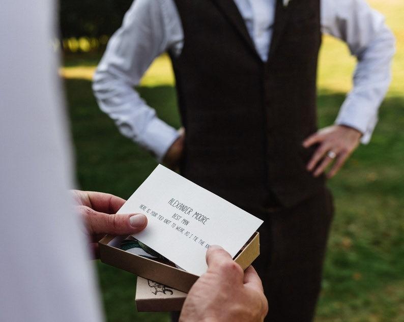 /& Blush Floral Neck Tie; Available as SkinnySlim Tie or Standard Tie Men/'s Burgundy Navy