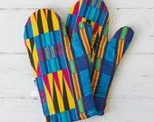 Oven mitt, Oven mits, Oven gloves, kitchen oven glove, kitchen dining,  kitchen linens, kitchen mitt,  African print gloves, Purple Kente,,,