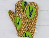 Swallow oven mitts, potholders housewarming mothers day gift, kitchen oven glove home decor,  African oven mitts for her, Green speed bird