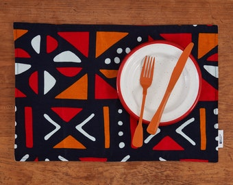 TABLE RUNNERS & NAPKINS