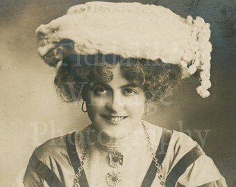 Miss Marie Studholme Edwardian Actress Stage Theater  RPPC Postcard - G W Faulkner - Unposted - Antique Postcard