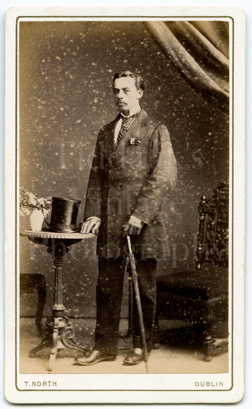 CDV Carte De Visite Photo Victorian Handsome Dapper Man Top