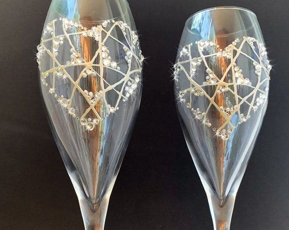 Set of 2 hand painted champagne flutes Crystal heart