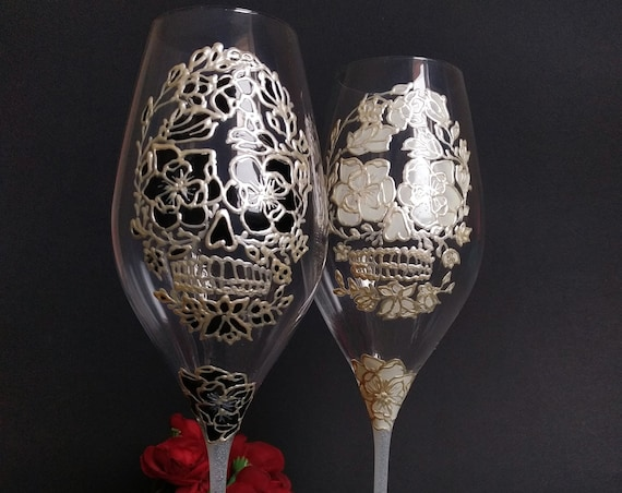 Set of 2 hand painted Sugar skull Halloween champagne flutes