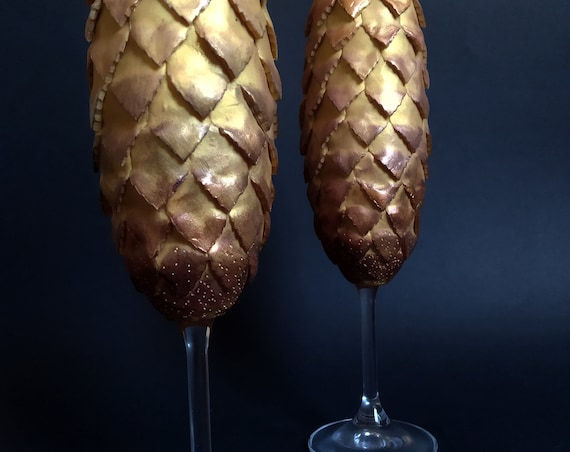 Game of thrones Dragon eggs Set of 2 hand handmade wedding toasting flutes House Targaryen