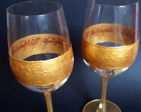 Lord of the rings LoTR Set of 2 hand painted wine glasses