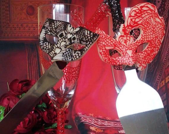 Wedding cake server and knife, Lace domino Masquerade mask wedding cake accessories, Mardi Gras black red cake serving set, 2 pcs