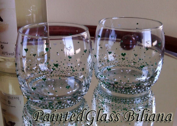 Set of 2 hand painted hearts whiskey glasses Valentine's day in pearly white and emerald green color