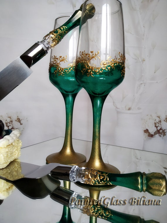 Set of 2 hand painted wedding flutes champagne glasses Classic emerald green and gold Cake serving set