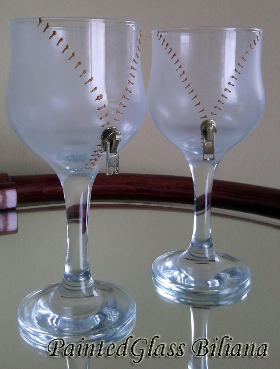 35% Off Set of 6 Christmas SALE Hand Painted  wine glasses Undress me