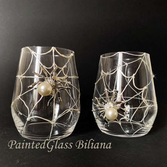 Spider stemless wine glasses, Halloween wedding theme