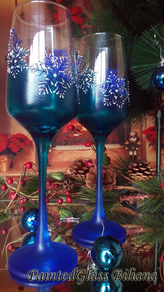 Turquoise and blue Wedding Toasting Glasses Winter Champagne Flutes Hand Painted Set of 2 turquoise and blue Snowflakes wedding theme