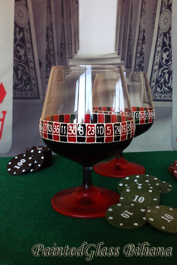 CRYSTAL Set of 2 Hand Painted brandy cognac whiskey glasses Las Vegas poker Casino Roulette in red and black color