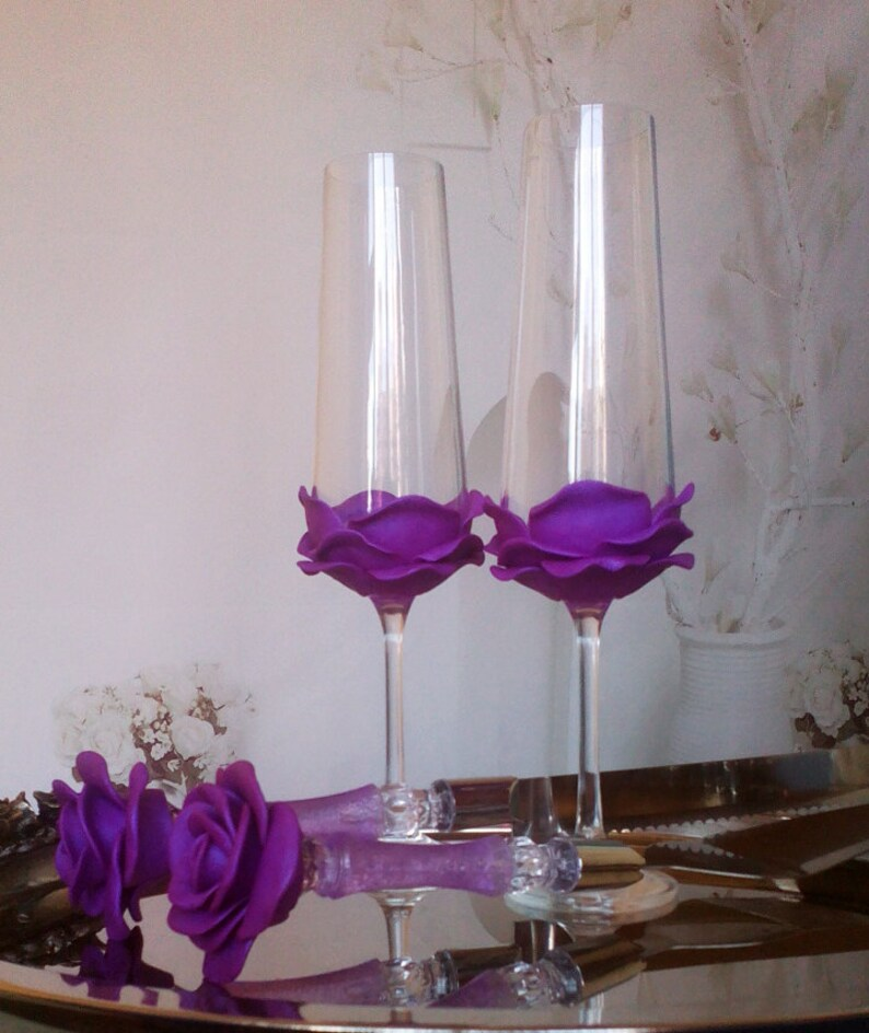 Set of 2 hand decorated Wedding Glasses champagne flutes image 0