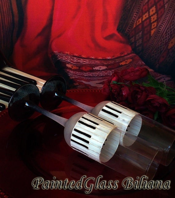 Music Set of 2 hand painted champagne flutes Piano music in pearly white and black color