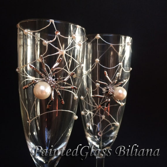 Spider wedding champagne flutes, Halloween wedding theme