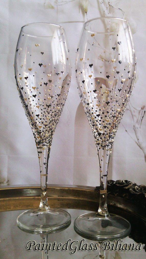 Set of 2 hand painted champagne glasses Valentine's day