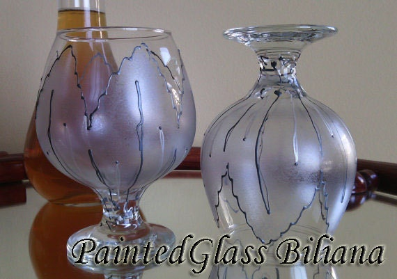 Set of 2 hand painted brandy glasses Silver tulip