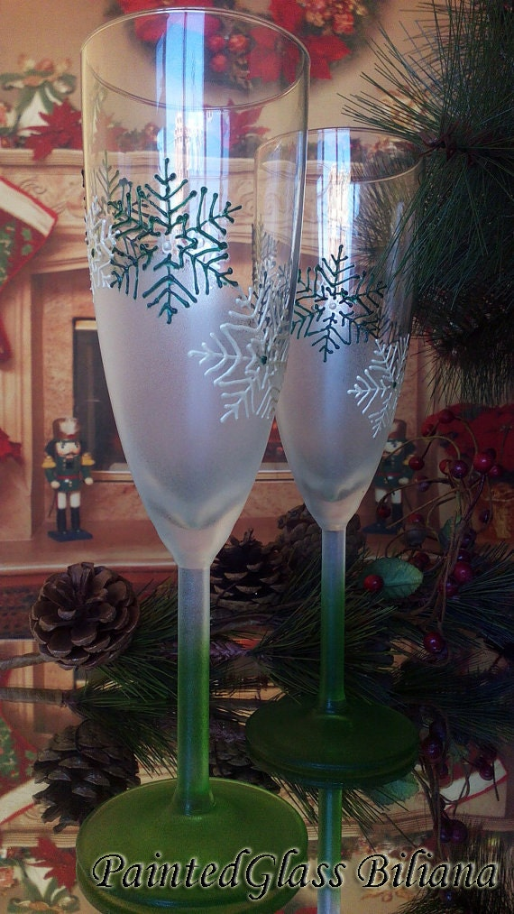 White and green Wedding Toasting Glasses Winter Champagne Flutes Hand Painted Set of 2 white and green Snowflakes wedding theme