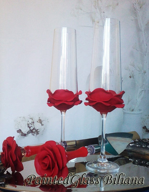Set of 2 hand decorated Wedding Glasses champagne flutes Red Rose Cake set
