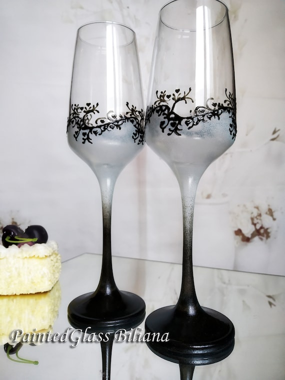 Set of 2 hand painted wedding champagne flutes Classic white and black cake serving set