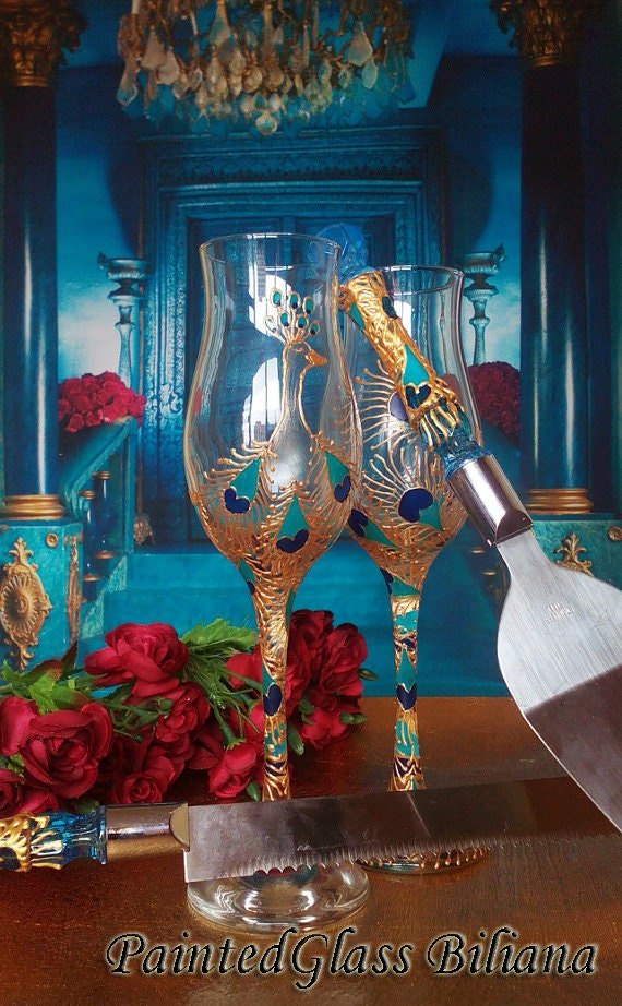 Set of 2 hand painted wedding champagne flutes Peacock theme wedding glasses in gold, blue and turquoise color Cake serving set