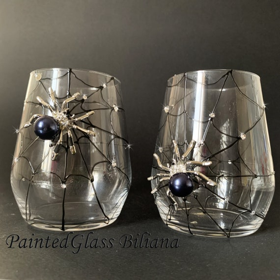 Black Spider stemless wine glasses, Halloween wedding theme