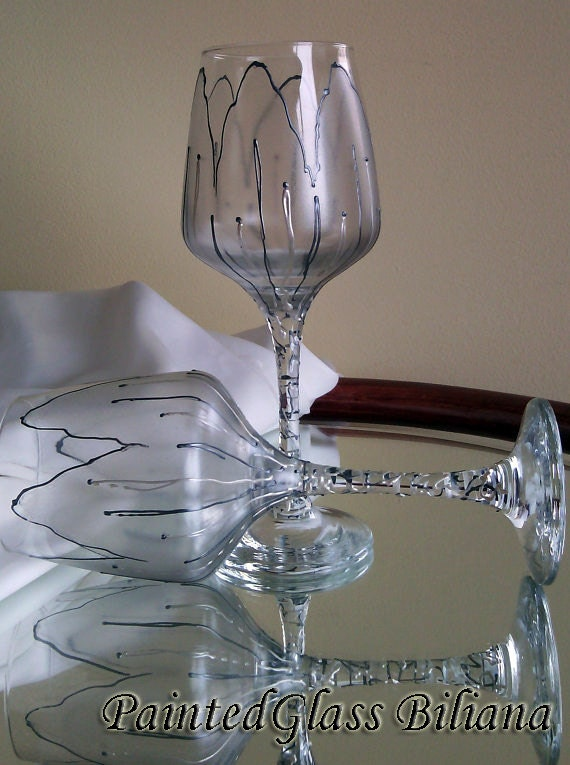 Set of 2 Hand Painted wine glasses Silver tulip