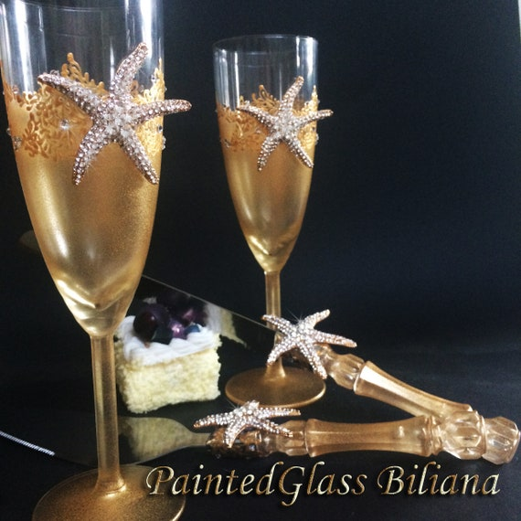 Starfish wedding champagne flutes, beach sea wedding theme, gold color