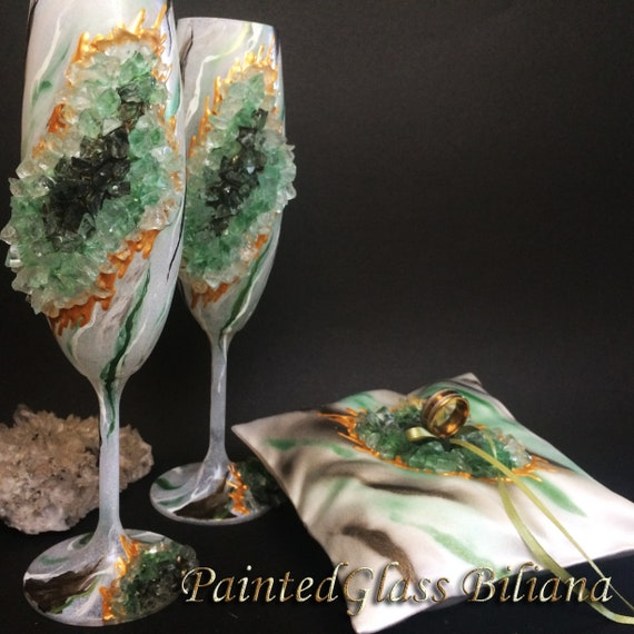 Green marble geode wedding set ring pillow and champagne flutes