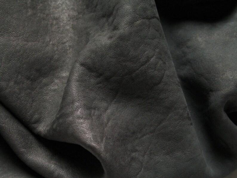 Distress Midnight Blue 1 Sq ITALIAN Lambskin Leather Hide Buttery Soft 100/% Genuine Lamb Skin Supplier = Approx Surf 12\u2033 W X 12\u2033 L Ft
