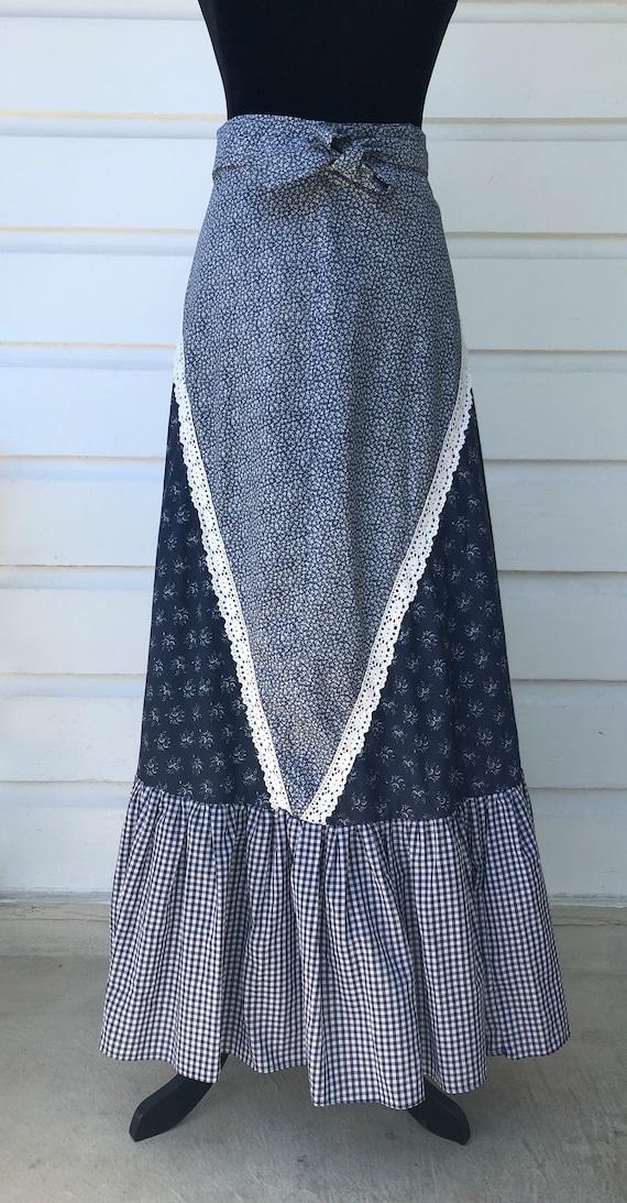 Adorable Gunnies maxi skirt. Vintage 5