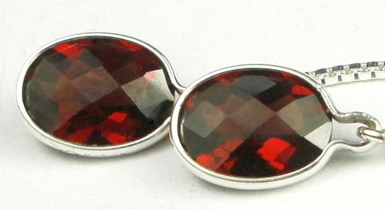 SE005 Mozambique Garnet 925 Sterling Silver Threader Earrings