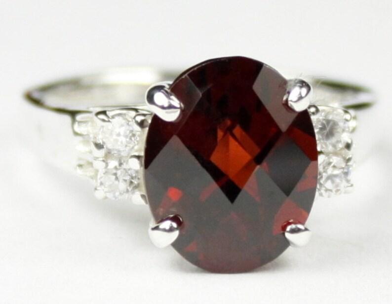 925 Sterling Silver Ring Mozambique Garnet SR123