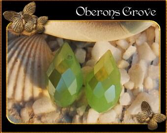 6 green coloured tear drop beads 13x8mm