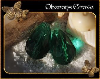 6 dark green coloured tear drop beads 10x14mm