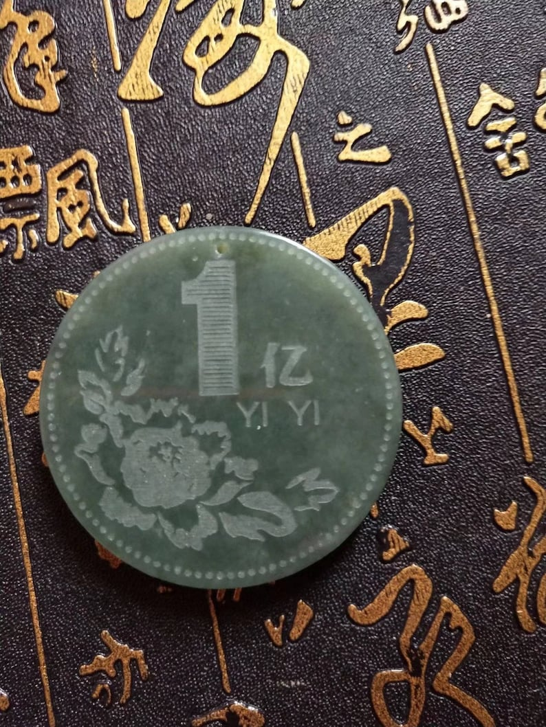 Free Delivery Dry green jade china coin pendant good luck pendant jade beads necklace