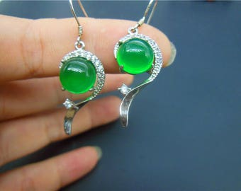 Free Delivery Natural AAA green jade hollow Twist luck pendant beads earrings