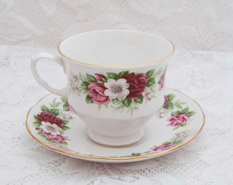 Queen Anne Fine Bone China Teacup / Saucer, Deep Pink, Pink, Light Pink Flowers, Green Leaves, Gold Trim, 1960's, Made in England 8499